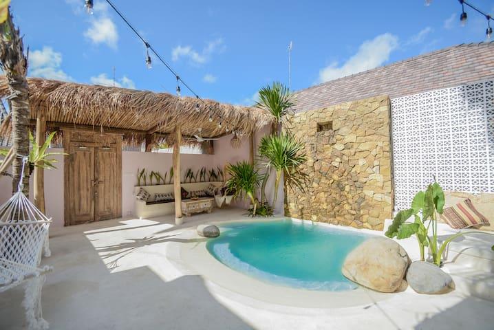 Mahi Mahi Suite 3: Stylish suite perfect f/ COUPLE