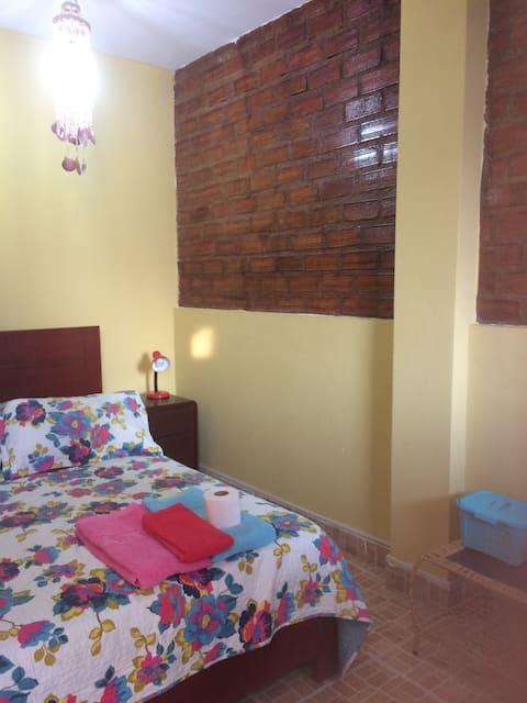 Lindo y cómodo dormitorio