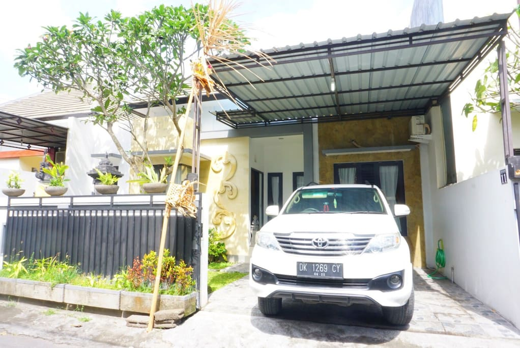 Front of Sekar Bhuana House with own parking space that could fit one car + 2 motorbike at the same time