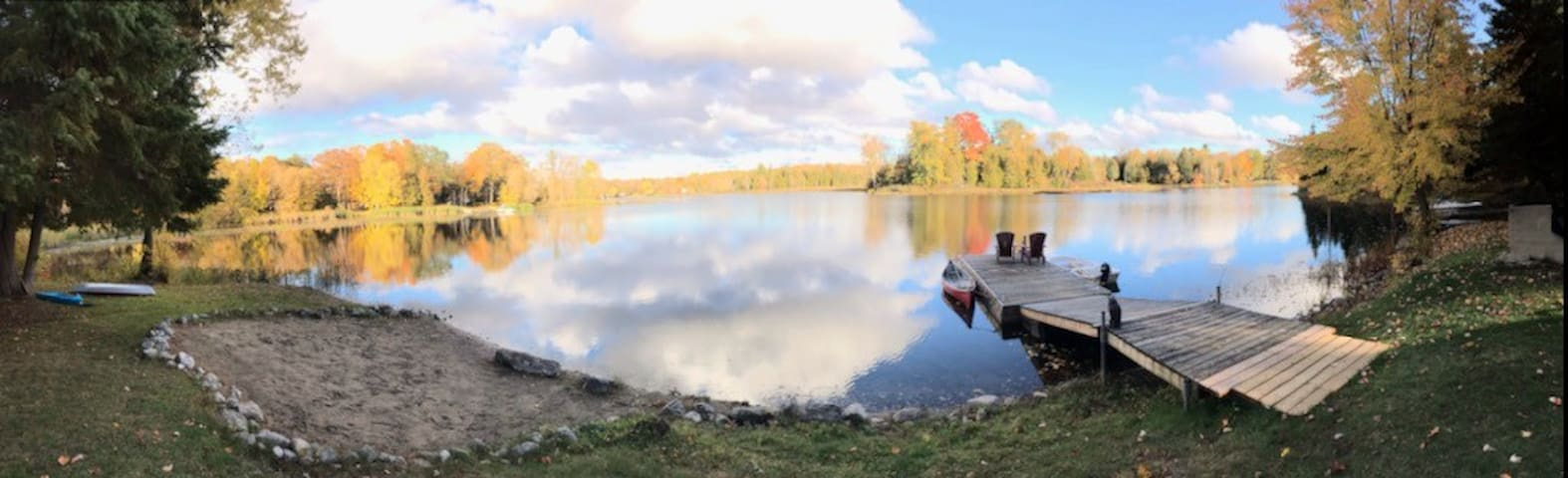 Peaceful Rylstone Lake Retreat (2 cottages)