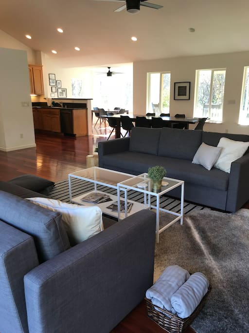 Clean, comfortable open concept living, dining and kitchen area, house is equipped with both a/c and heat!