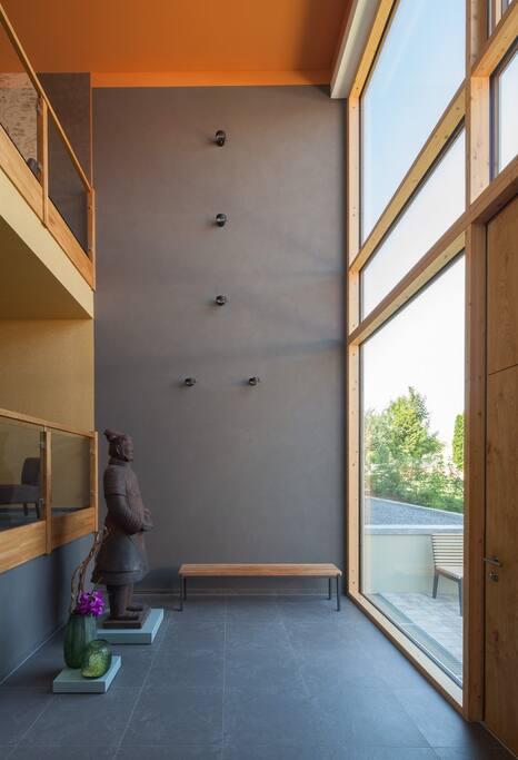 Innenansicht - Foyer mit  Galerien