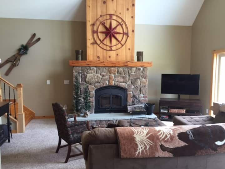 New Ellicottville Family Vacation Home,sleeps 12+.