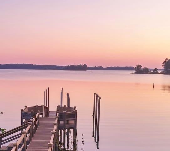 Lake Murray Homestead