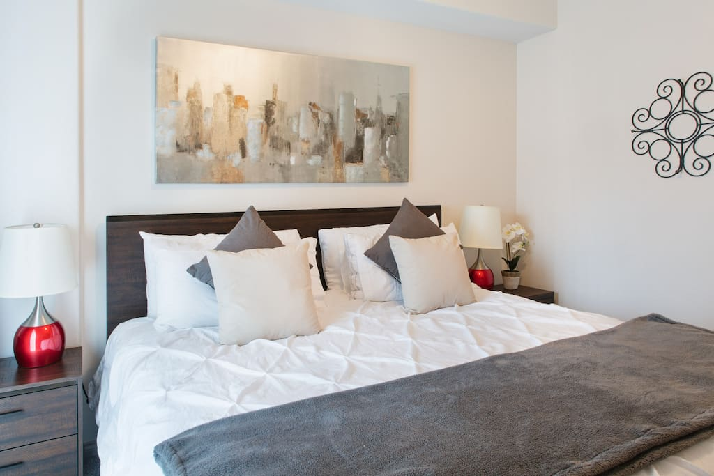 King Size bed with Smart TV