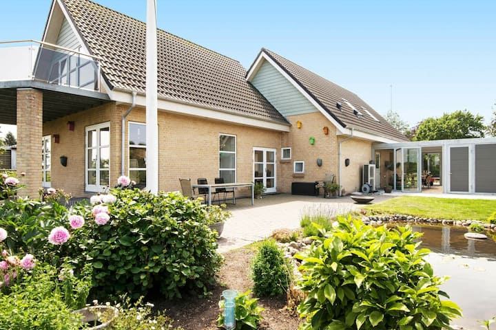 Cosy Holiday Home in Ebeltoft with Beach nearby