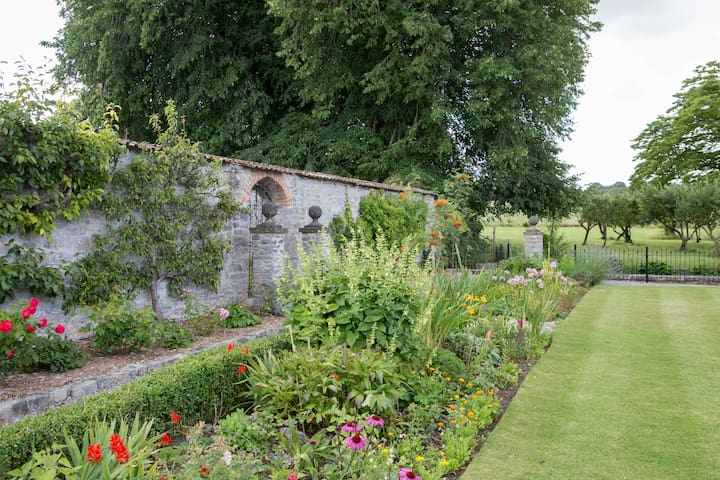 Flowers for all seasons in the borders at Cossington Park