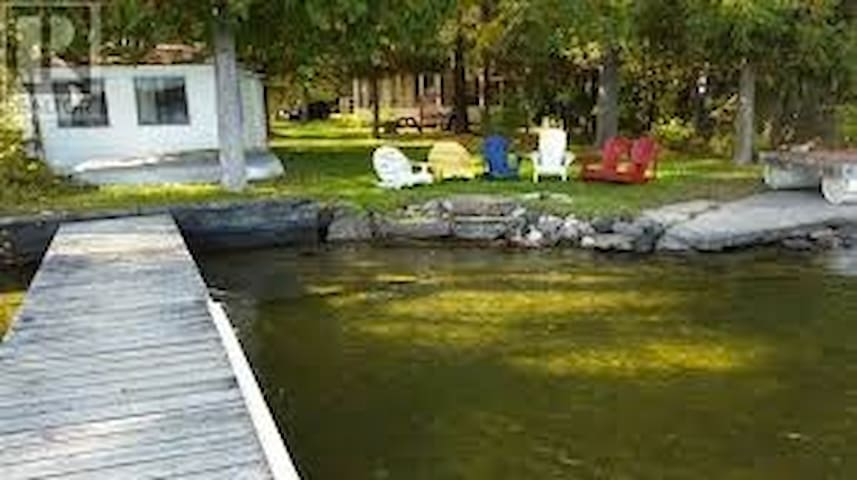 Beautiful Balsam Lake Retreat - Kirkfield - Kisház
