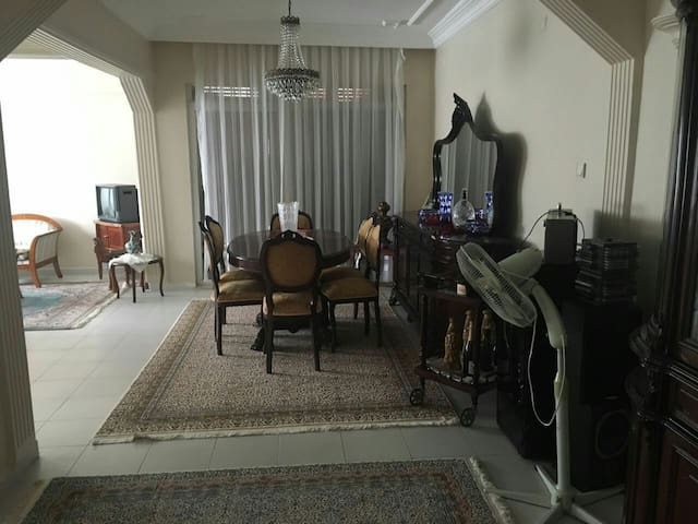 Flat In Alanya 100m To Sea With Beautiful View - Alanya - Apartemen