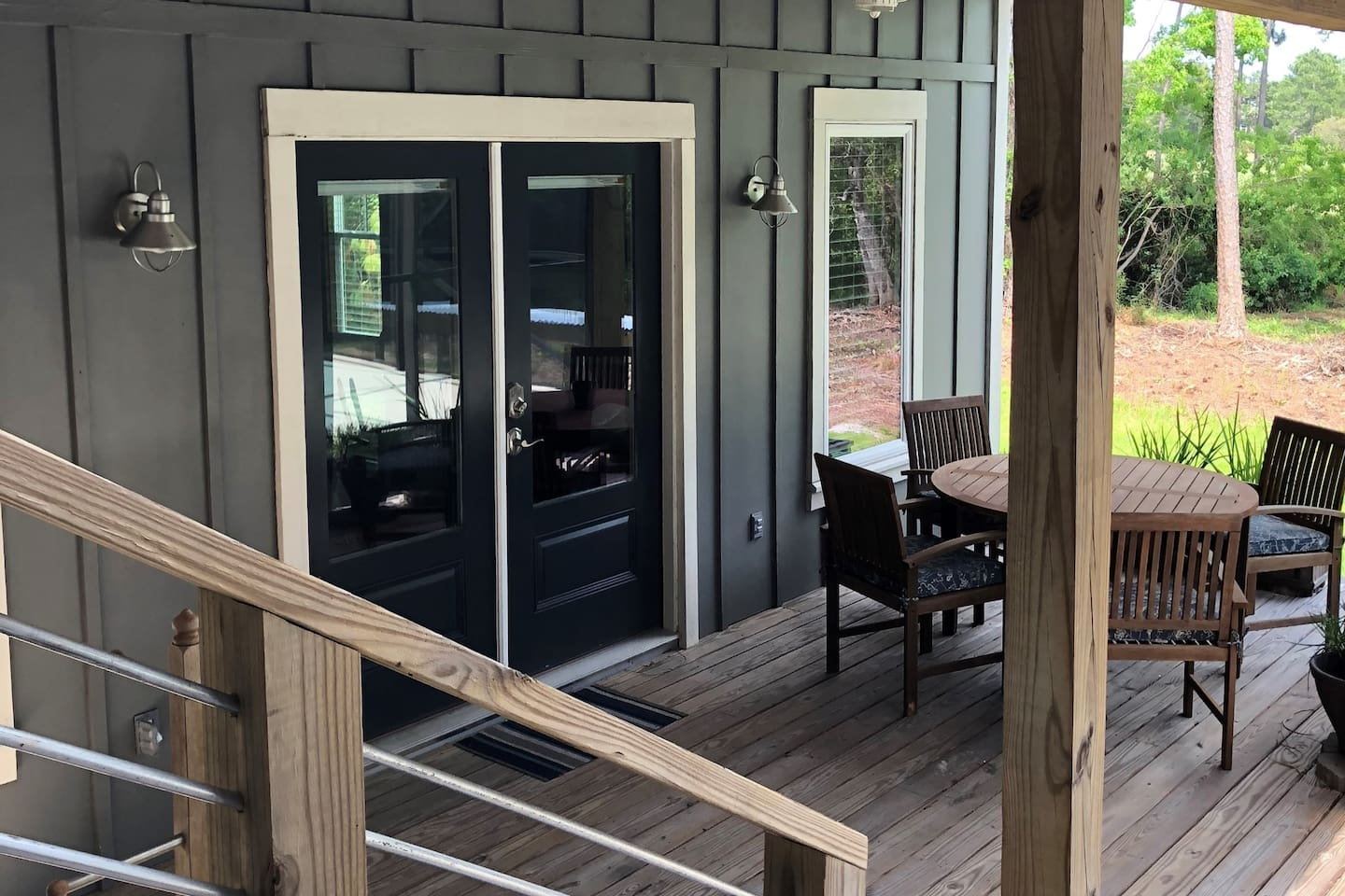 Front Porch entry - faces pool