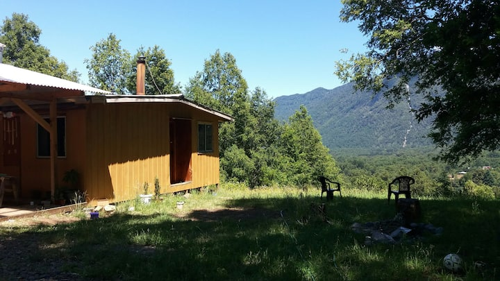 Cabaña en el bosque con mirador, aventura 4x4