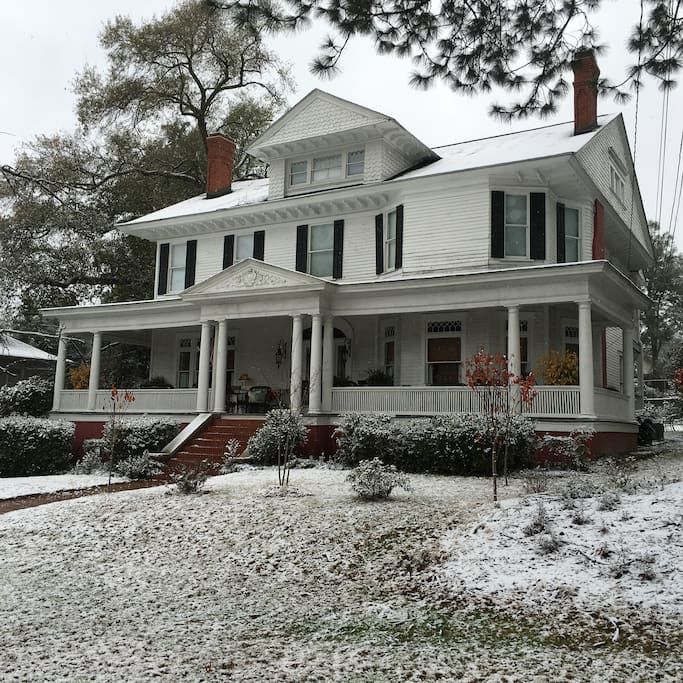 Highlighted during an Augusta snow