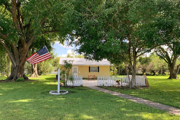 Cozy Cottage in Okeechobee