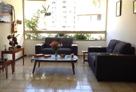 ¡Vista al Ávila en el este de Caracas! - Caracas