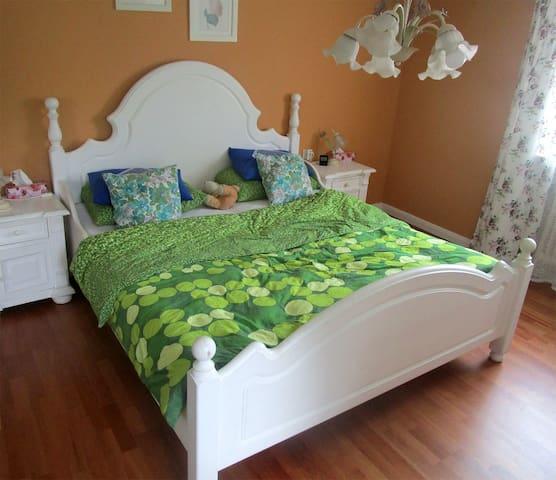Gemütliche Zimmer in Buchbach - Buchbach - Dům