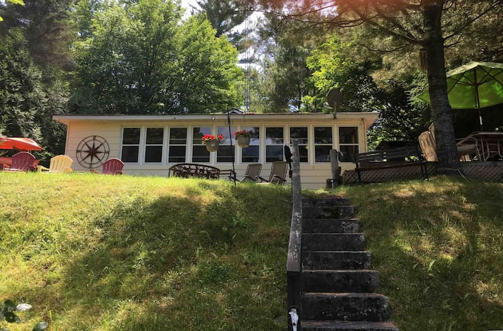 Severn River/Sparrow Lake cottage