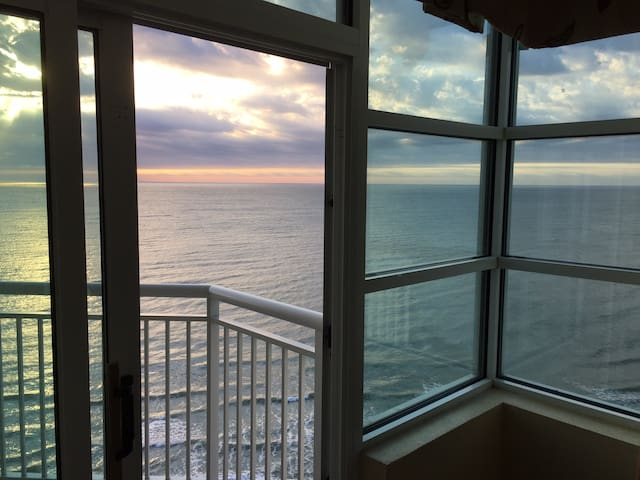 2 BR 2 -BA Oceanfront -Spectacular ! - Myrtle Beach - Appartement en résidence