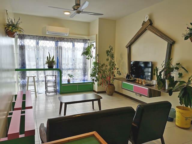 清洁 卫生 舒适 (泳池 健身房 保安)也有出租单房间 客厅和厨房任用