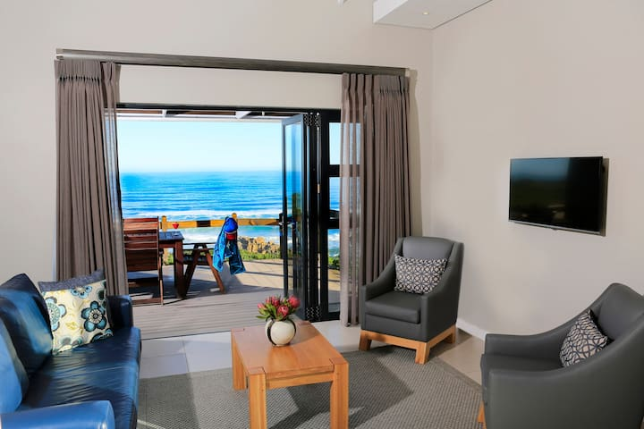 Two Bedroom Beach Villa with breakfast