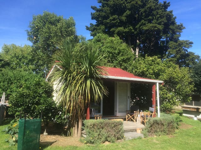 Little Garden House - Featherston
