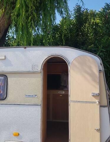 Loue caravane dans propriété privée 10min bastia