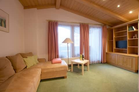 Komfort Apartment mit 1 Schlafzimmer und Balkon