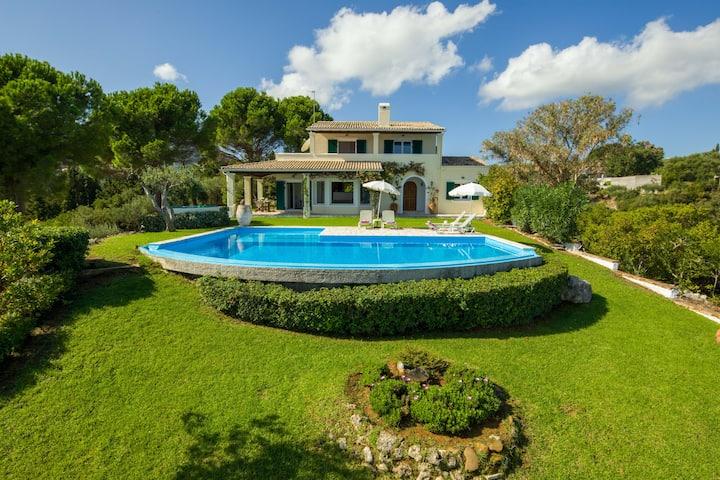 Villa Pelagos stunning sea views and private pool
