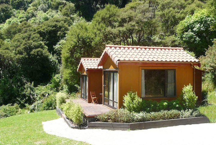 Eco + Luxury Guesthouses in Orchard Valley