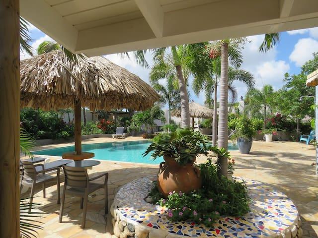 a Guest room at MangooZ Aruba - Oranjestad - Andre