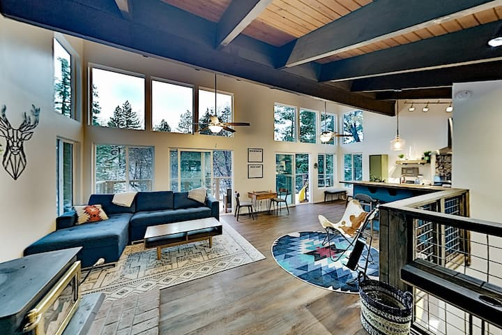 Modern Mountain Getaway | Near Skiing, Lake, Golf
