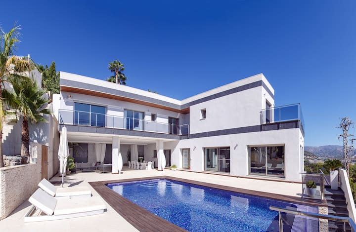 Modern, contemporary villa with pool and views