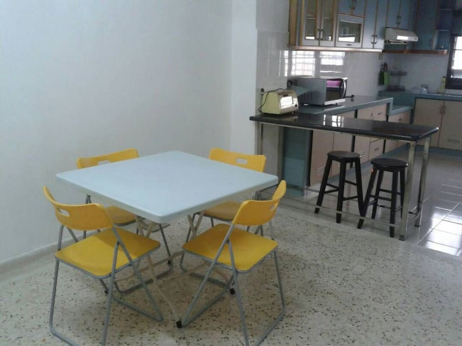 Breakfast Table & Dining Table
