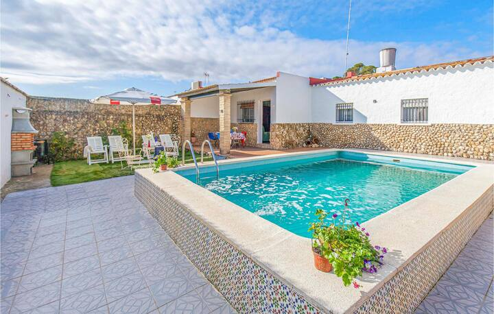 Terraced house with 3 bedrooms on 100m² in Peñaflor
