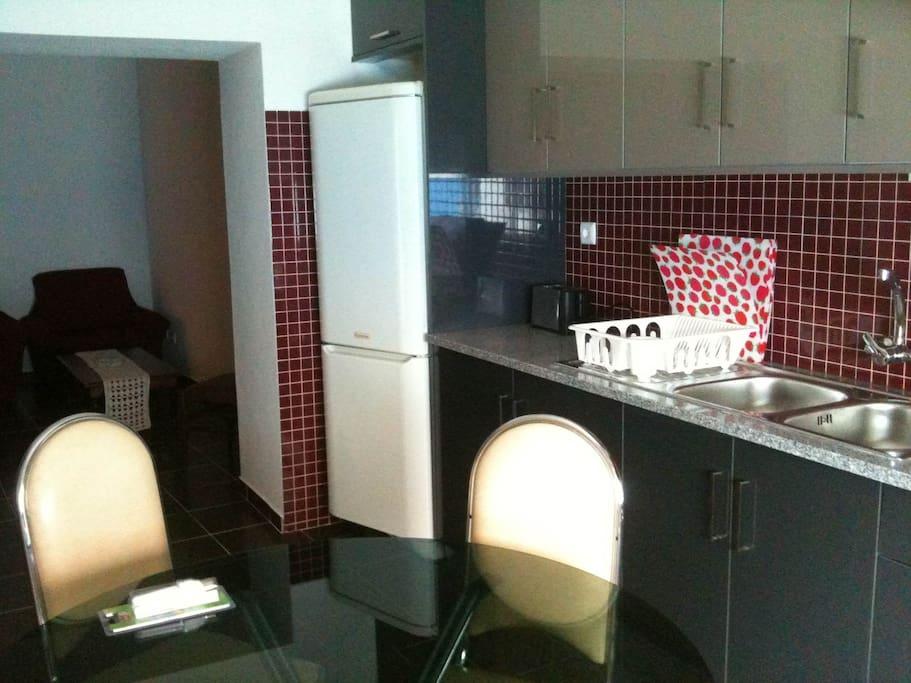 Cozinha + sala de estar