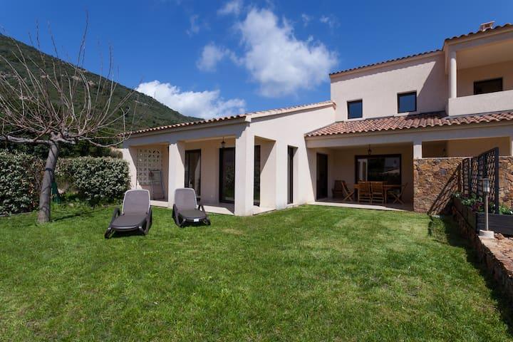 Villa 1 climatisée 140 m2 standing - Vico