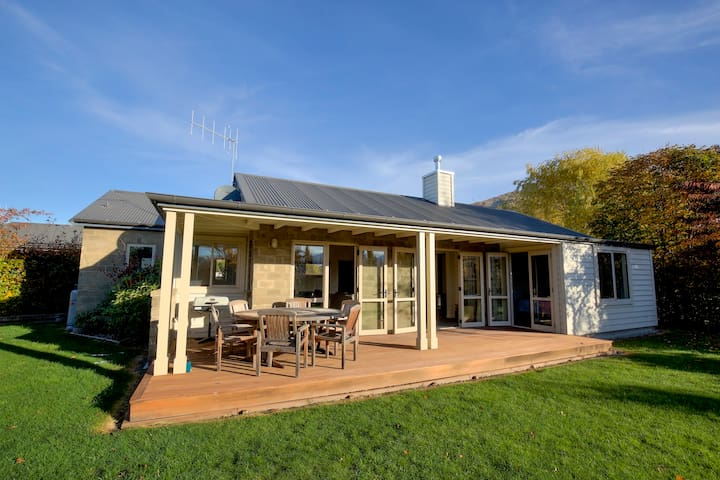 Meadowstone Villa 1
