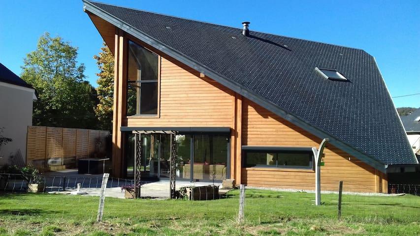 Logement privatif dans maison en bois