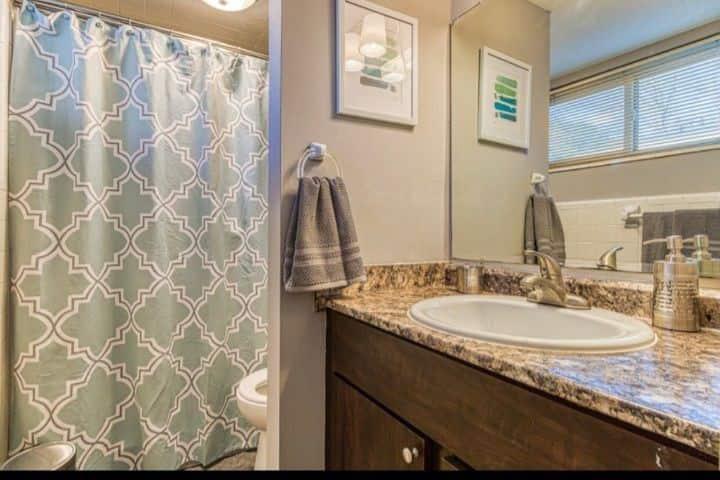 Decatur private room