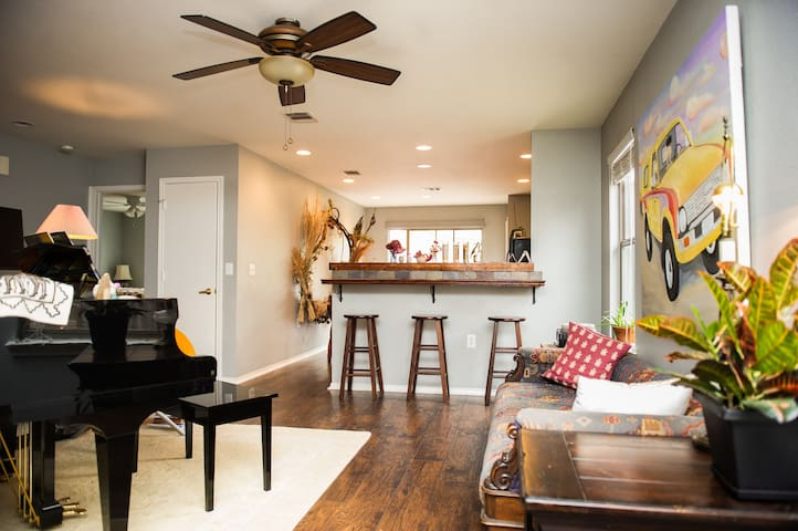 Eclectic and cozy Southeast house