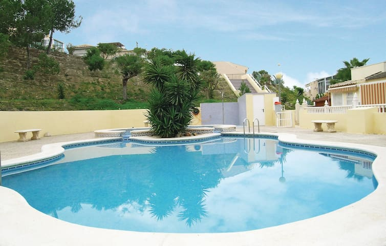 Holiday apartment with 2 bedrooms on 75 m² in Rojales