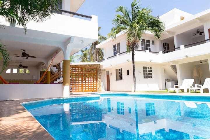 Villa Casablanca / Casa Vacacional en Acapulco