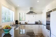 Spacious kitchen, fridge/freeze, microwave, dishwasher