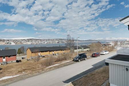 Koselig hus i Tromsdalen