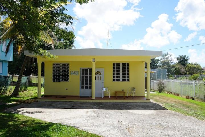 Cozy House 10 minutes from Boquerón & Beaches/WIFI