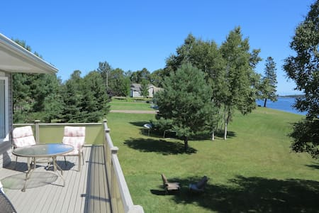 Gorgeous River Beach Front Home-95 Mill River PEI
