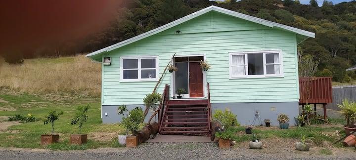 Waiwera Lodge  Entire house