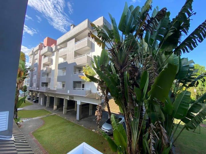 Modern apartment in Ubatuba 300m from the beach