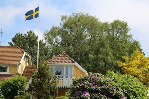 Lovely apartment close to the ocean and Gothenburg