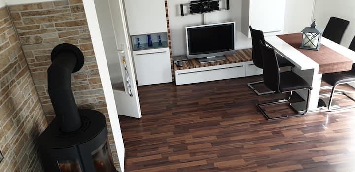 Moderne Wohnung Nähe Stuttgart - Flughafen/Messe