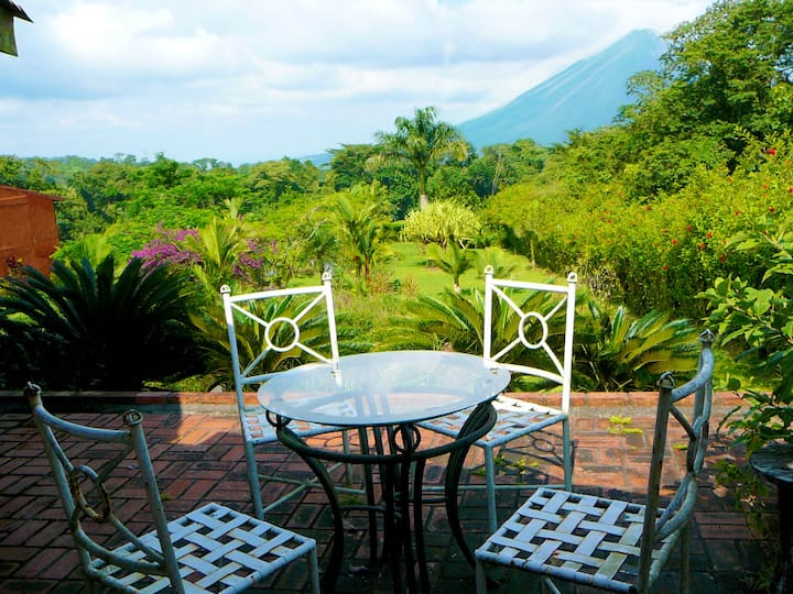 Master Suite | Arenal Lodge